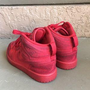 Jordan Shoes - Boys Air Jordan Retro 1 Red Shoes size 12C